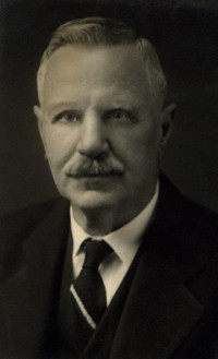 Biography: Dr. Dutton Steel Lightcap born January 8, 1856 – photograph
