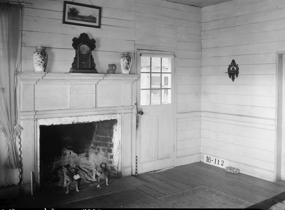 W. N. Manning, Photographer, March 6, 1934. VIEW TOWARD FIREPLACE IN LIVING ROOM. - Watkins House, State Highway 30, Burnt Corn, Conecuh County, AL