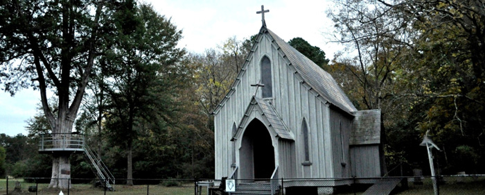 Did you ever attend a small church like this? [photographs & video]