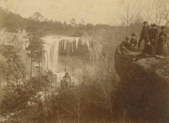 Black_Creek_Falls_now_Noccalula_Falls_near_Gadsden_Alabama (1)