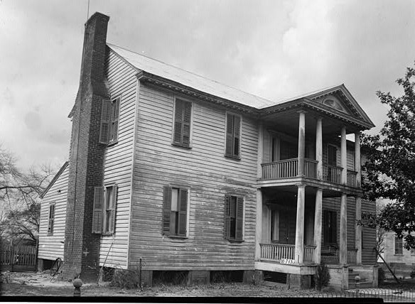 March 17, 1934. FRONT VIEW. - NORTH ELEVATION - Sturdivant-Moore-Hartley House, Centenary & Main Streets, Summerfield, Dallas County, AL