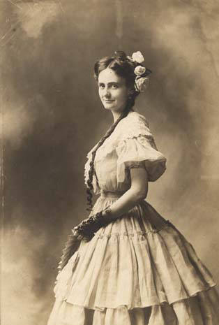 Dixie Bibb Graves as a young woman