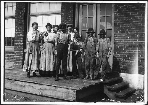 Group of workers at Central Mills, Sylacauga November 1910 by Photographer Lewis Hines