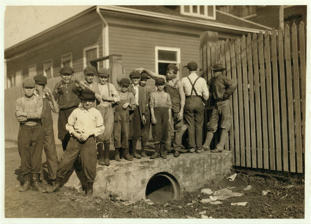 Group of young workers in Merrimack Mill - ded. 1913