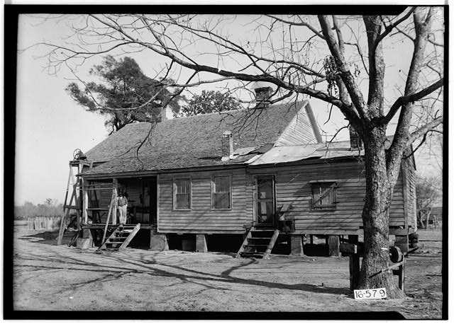 W. N. Manning, Photographer, December 13, 1934 REAR AND SIDE VIEW, S.W. - S. M. Dunwoody House, Abbeville Highway, Columbia, Houston County, AL