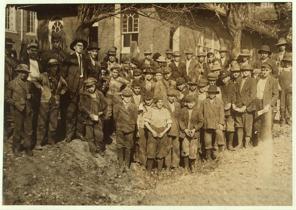 People working in Dallas Mills4 1910
