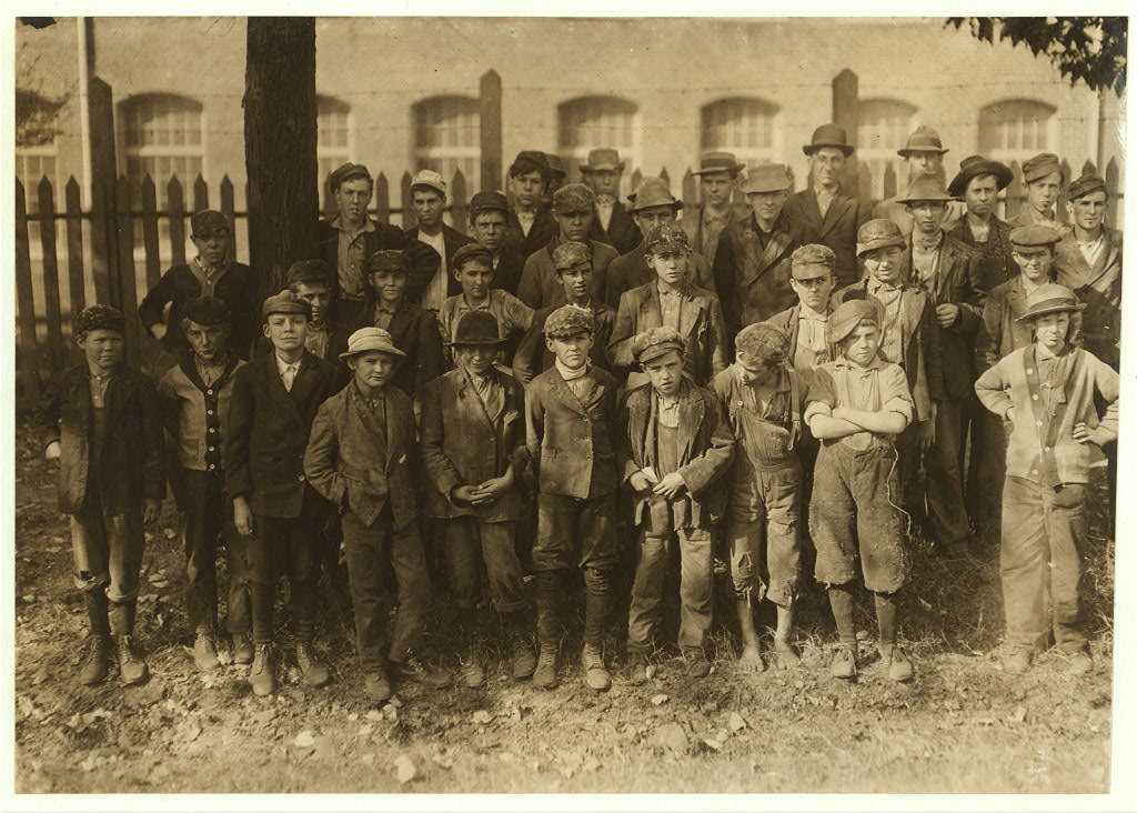 People working in Dallas Mills5 1910