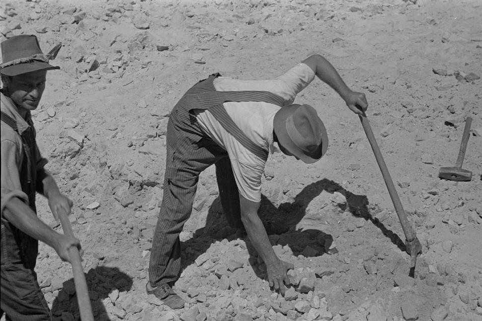 Skyline Farms - sand pit4 1935