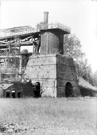 Brierfield, Bibb Furnace at Brierfield, Alabama ca. 1900