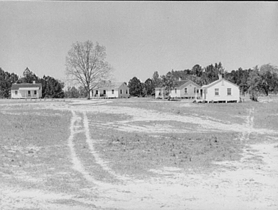 Teacher's and nurse's homes. Gee's Bend, Alabama, photograph 1939