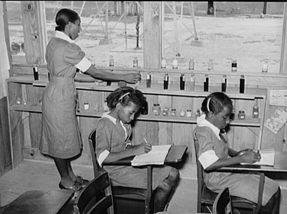 school - science class