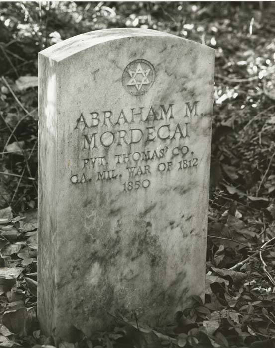 Grave_marker_of_Abraham_Mordecai_in_Dudleyville_Alabama