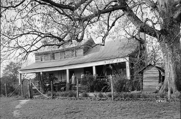 Old Tavern, (also known as Fitzgerald house) on County road 24, Allenton, Wilcox Co. South elevation taken by Alex Bush Photographer March 24, 1937