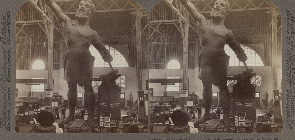 Colossal iron statue at world's fair 1904