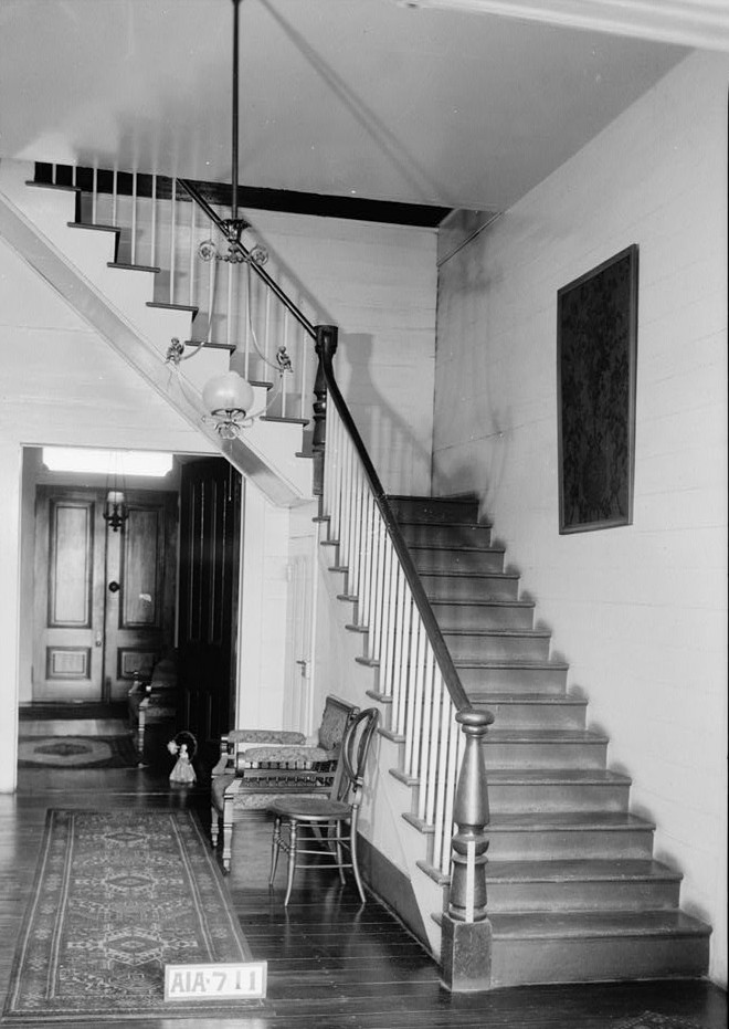 Dawson vaughan rear hall and staircase