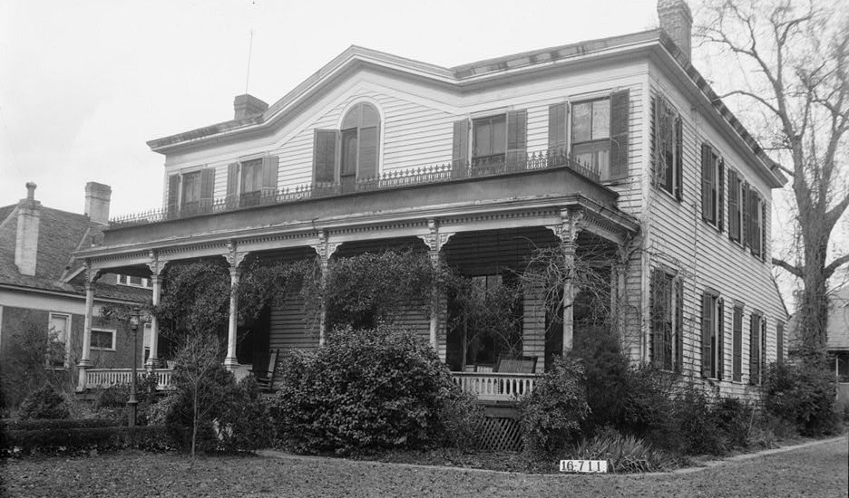 Abraham Lincoln's half sister-in-law lived in Selma, Alabama during the Civil War