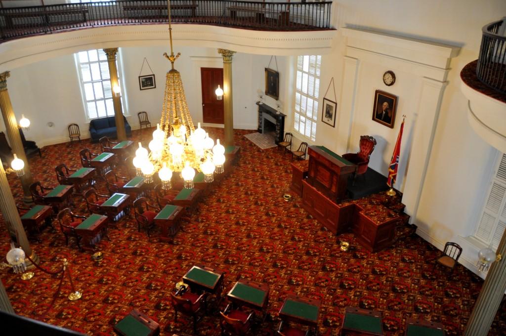 State-Capitol-Original-Senate-Chamber-from-the-Balcony-Montgomery-AL-2013-12-09