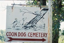 There is no other cemetery in the world like this Alabama Cemetery!