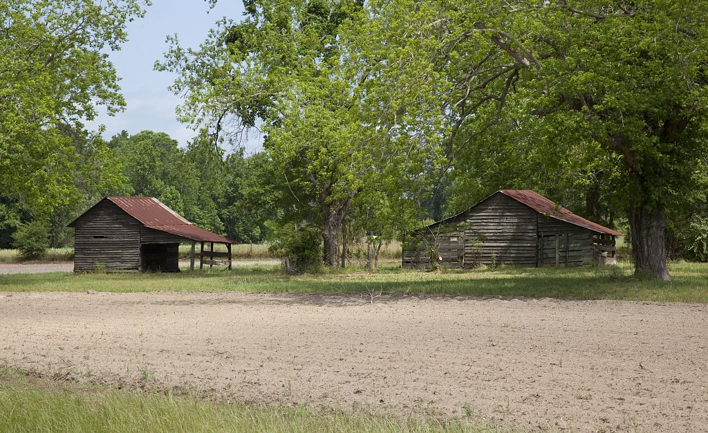 monroe county barns