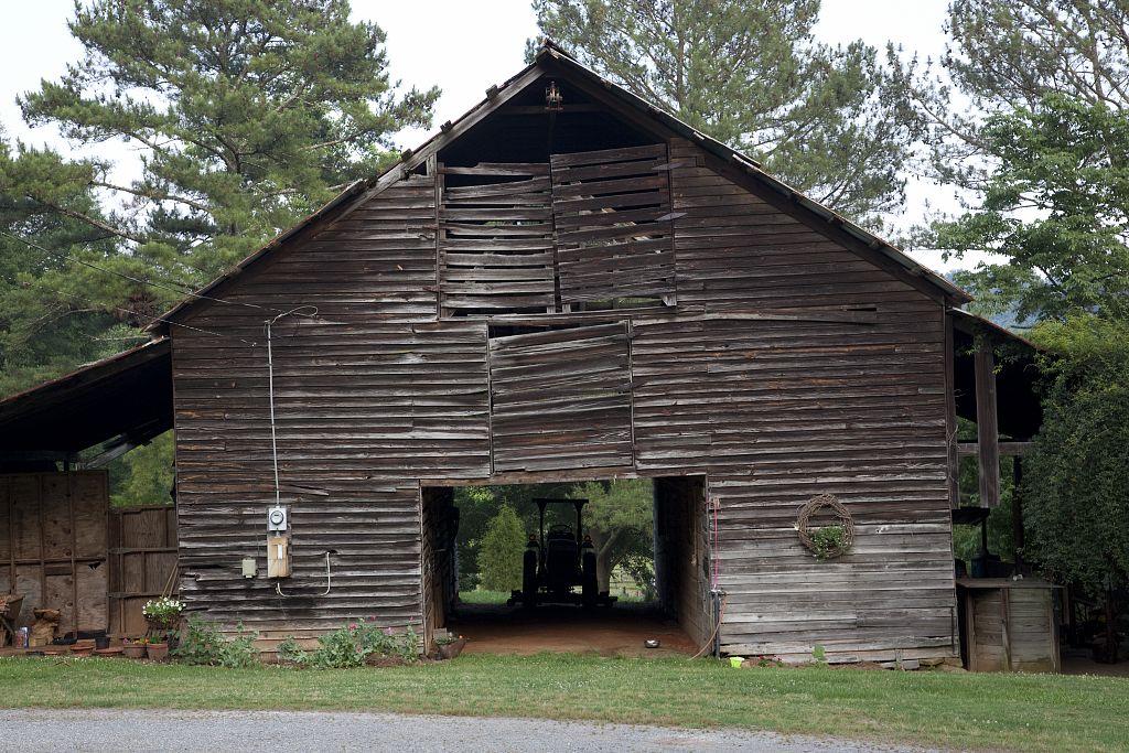 route 11 near gadsden barn