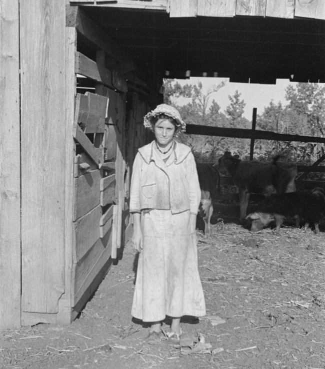 Dora Mae Tengle, sharecropper's daughter, Hale County, Alabama