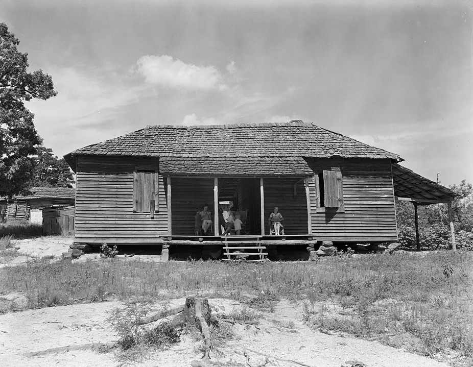 Stunning photographs from 1930s of some sharecropping for Home builders in south alabama