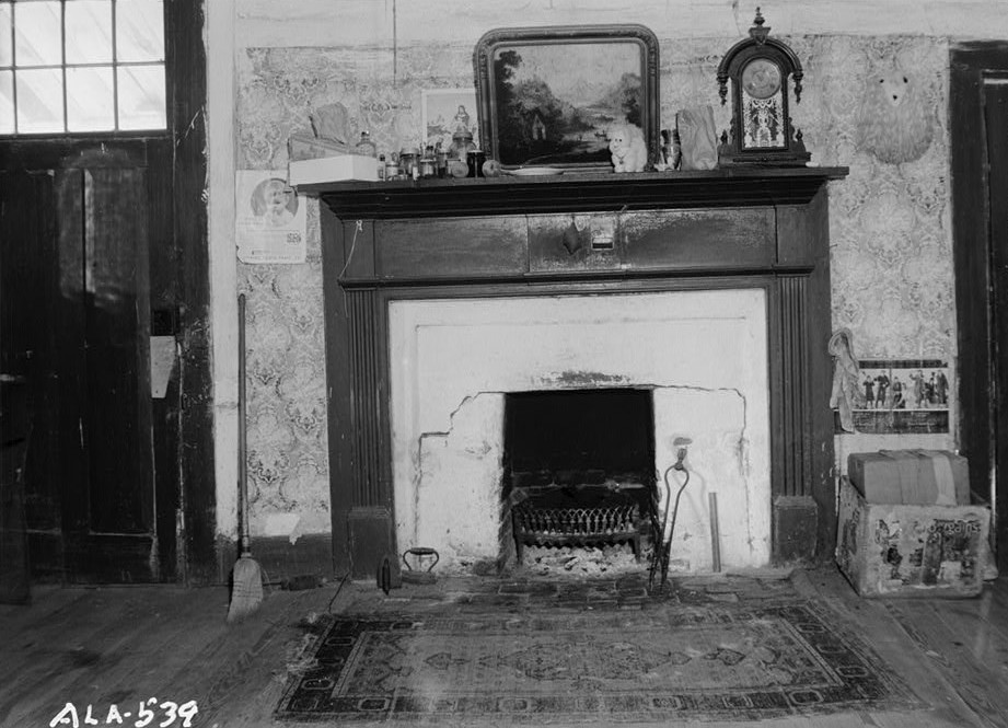 MANTEL AND FIREPLACE IN S. W. FRONT ROOM - Octavia Adkinson House, Wilson Road, Peachburg, Bullock County, AL