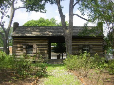 The First Territorial Governor Lived In A Log Cabin like this