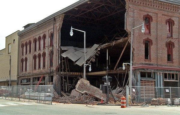 Historic montgomery alabama theatre partially collapses Home builders in montgomery al