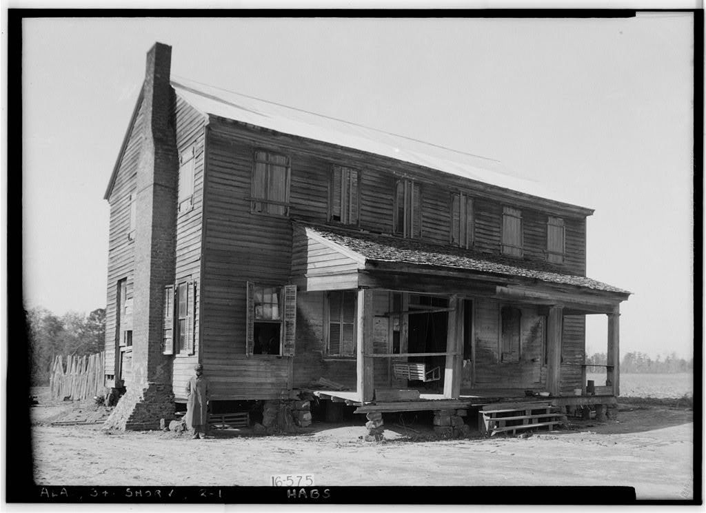 Great photographs of some beautiful old houses in henry for House builders in alabama
