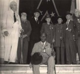 The Last Confederate Reunion held in 1944 in Alabama – all the men were in their 90s [see story & photographs]