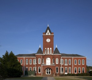 Coffee_County_Courthouse_(Elba,_Alabama)