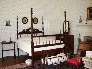 Ivy green bedroom