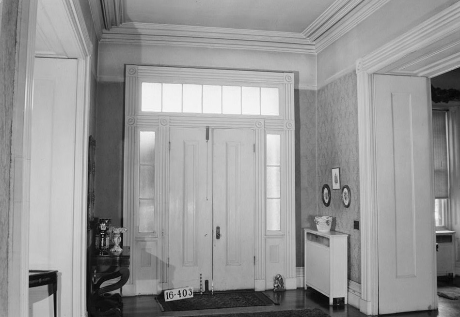 W. N. Manning, Photographer, April 25, 1934. DETAIL (FRONT HALL) - Governor Thomas Bibb House, 303 Williams Street, Huntsville, Madison County, AL