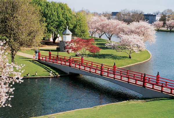 big_spring_park_huntsville_al_usa_photo_al_tourism_dept2
