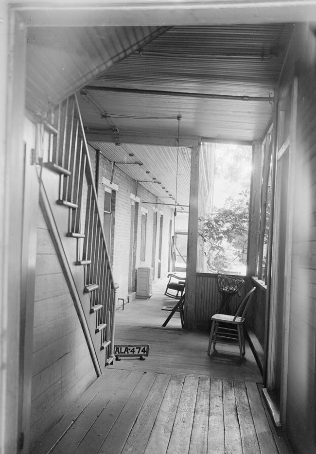 burritt house looking south from front door to rear door