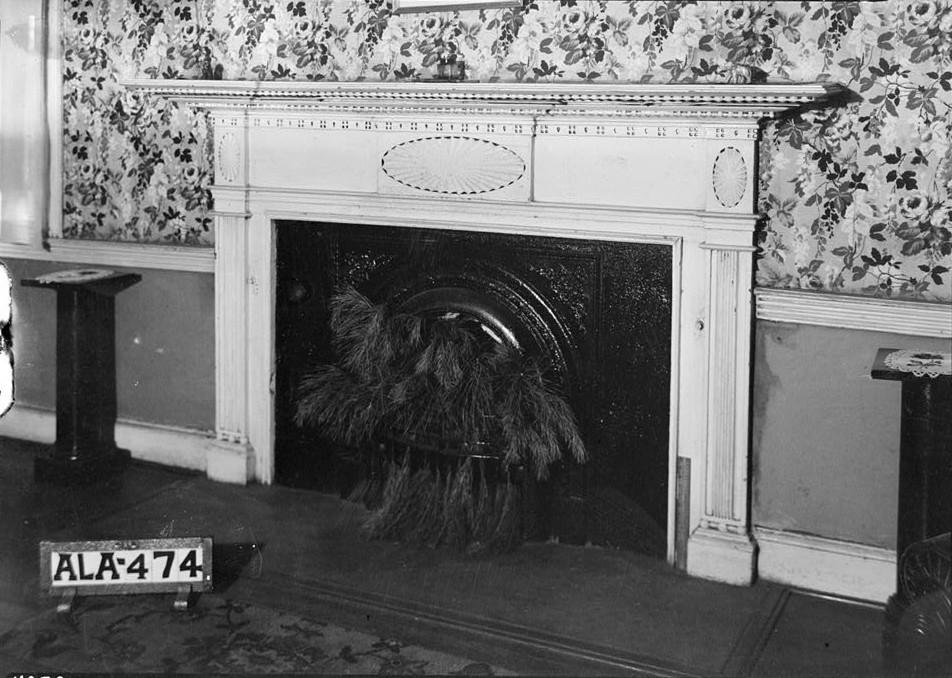 burritt house mantel in NW room