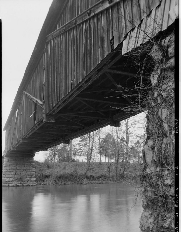 chococolocco covered bridge2