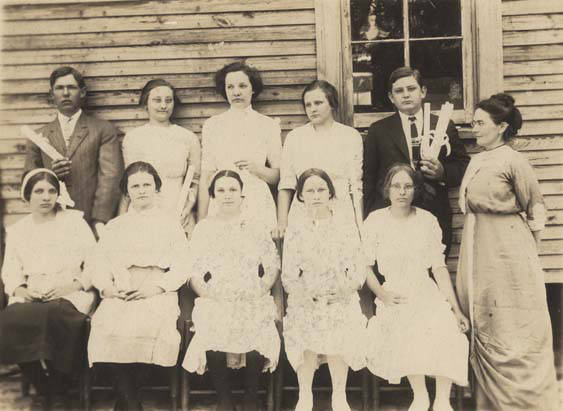Graduating_class_at_Haw_Ridge_Rural_School_in_Dale_County_Alabama