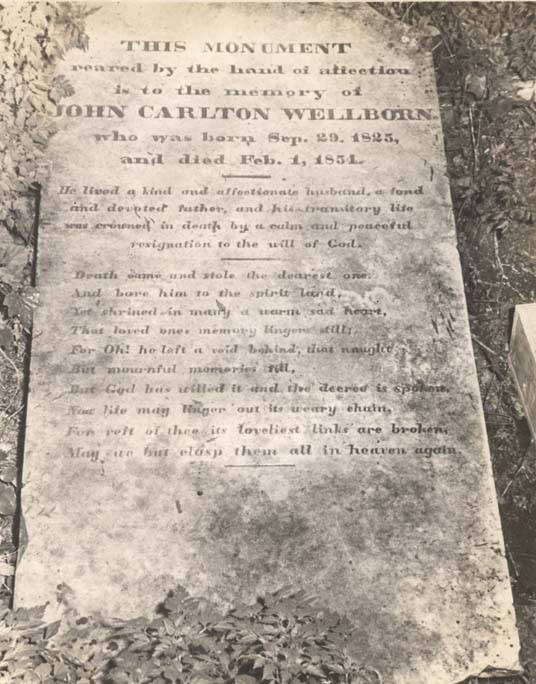 Monument_of_John_Wellborn_son_of_General_William_Wellborn_in_the_old_Wellborn_burial_ground_on_Riverside_Drive_in_Eufaula_Alabama (1)
