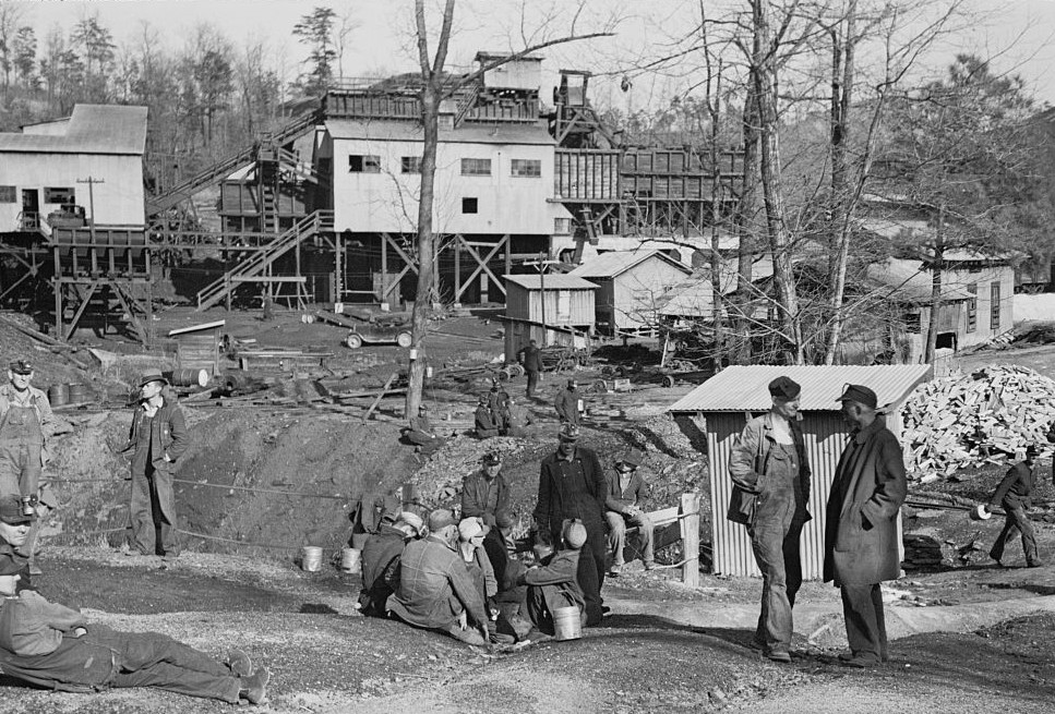 Alabama coal miners, Bankhead Mines, Walker County, Alabama4 by Arthur Rothstein 1937