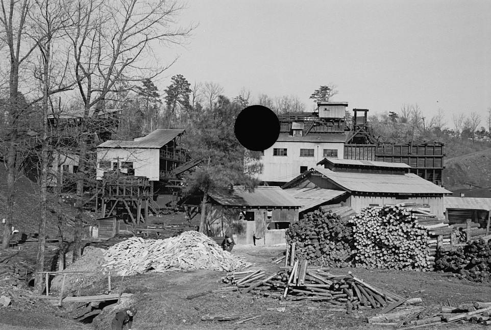 Bankhead Mines, Walker County, Alabama by Arthur Rothstein 1937