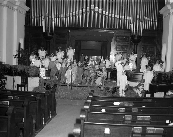 Cast_of_the_childrens_Christmas_pageant_at_First_Baptist_Church_in_Montgomery_Alabama