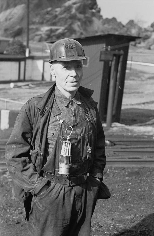 Coal miners, Birmingham, Alabama10 1937 Rothstein