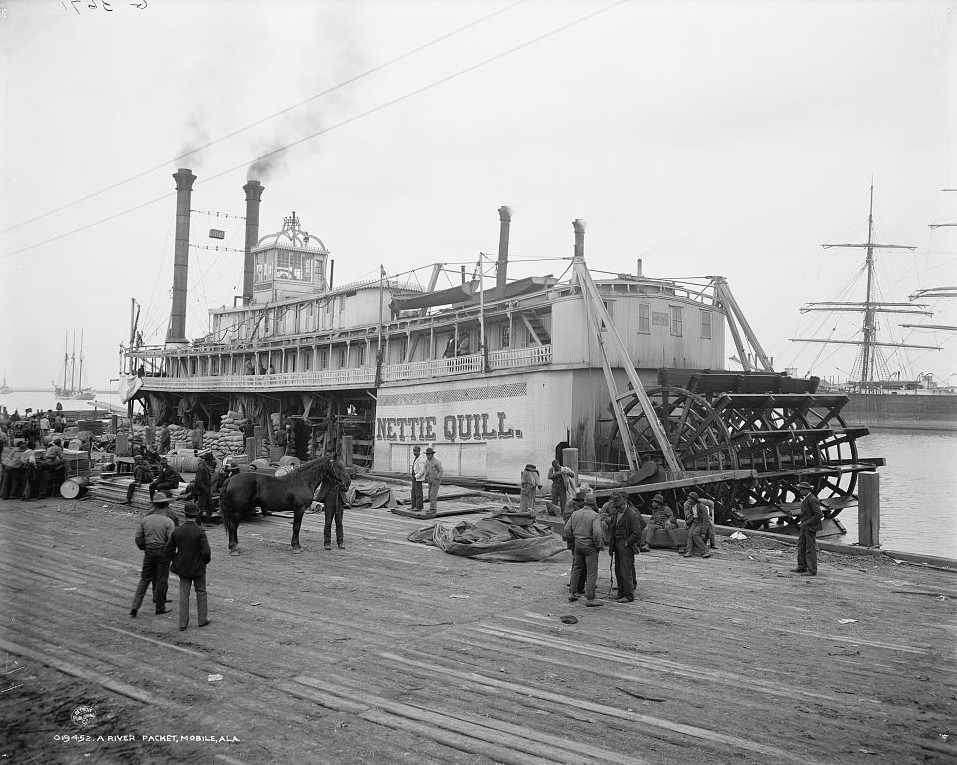 A River packet, Mobile, Alabama -ca. 1900 - Detroit Publishing Company