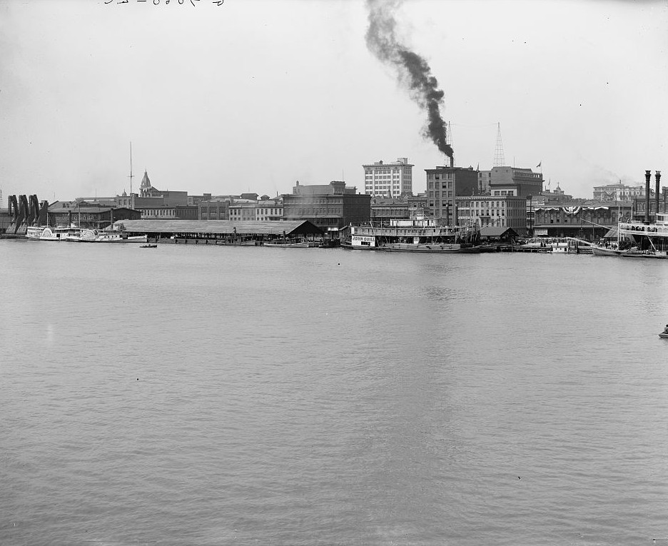 Waterfront, Mobile, Alabama ca. 1900 -Detroit Publishing Company