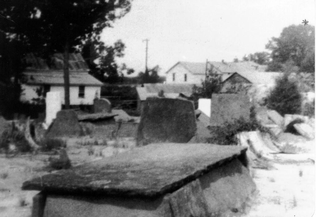 James_K_McCollum__Grave_grave_1872_AL