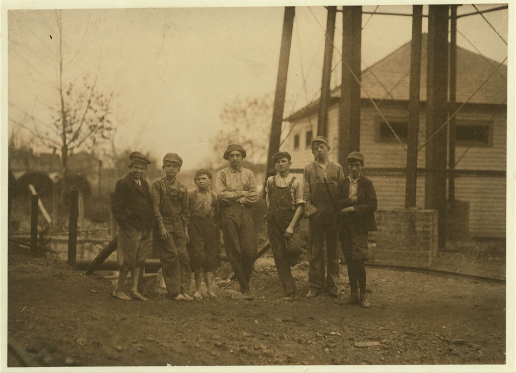 Avondale was a company town built around the Avondale Cotton Mill [see 1900 pics & film]