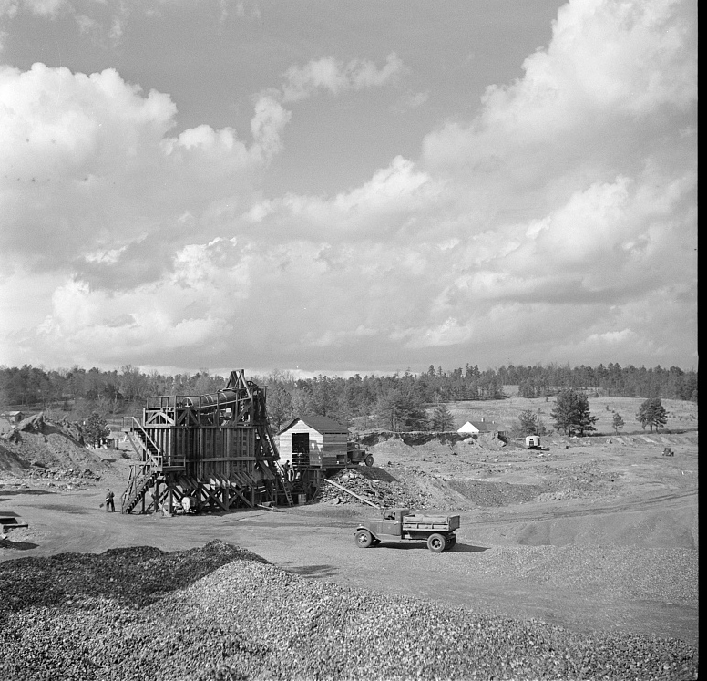 Slagheap being used as construction material at Slagheap Village, Alabama Feb. 1937 by Arthur Rothstein