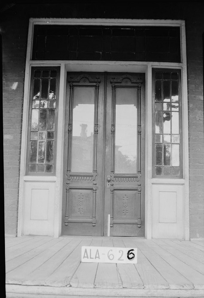 W. N. Manning, Photographer, July 12, 1935 CLOSE-UP OF FRONT DOOR - Figh-Pickett House, 14 Clayton Street, Montgomery, Montgomery County, AL
